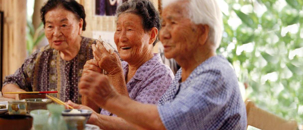 O que as pessoas comem nas regiões com as expectativas de vida mais altas do mundo?